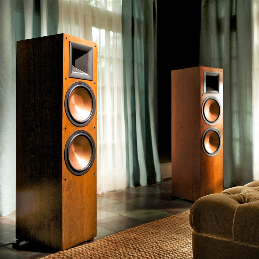 Klipsch Reference-RF-7-II-cherry-lifestyleII_635043089489160000_large